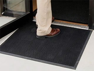Frontline BrushTip Commercial Industrial Entrance Mat Product Image